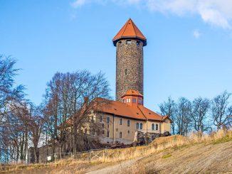 web_Kopie von schilbach_HIGH-Schulzfoto-Fotolia_129600569_XL