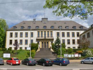 Das Ausbaugebiet des kostenlosen Drahtlosnetzwerks erstreckt sich bis zum Rathaus der Gemeinde Bous.
